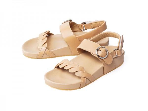 รูปด้านหน้า รองเท้าแตะเพื่อสุขภาพ Klas & Sylph แบบสวมมีสายหลัง รุ่น Adele-B สีเบจ ลดอาการปวดรองช้ำ ปวดส้นเท้า