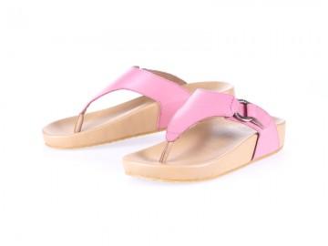 รูปด้านหน้า รองเท้าแตะเพื่อสุขภาพ Klas & Sylph แบบหูคีบ รุ่น Amanda สีชมพู ลดอาการปวดรองช้ำ ปวดส้นเท้า