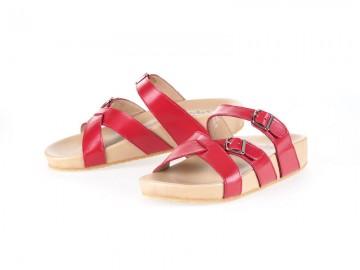 รูปด้านหน้า รองเท้าแตะเพื่อสุขภาพ Klas & Sylph แบบสวม รุ่น Avery สีแดง ลดอาการปวดรองช้ำ ปวดส้นเท้า