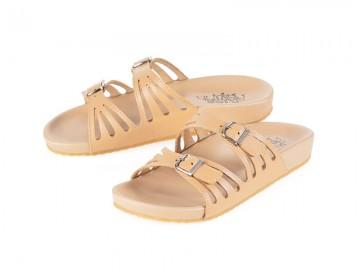 รูปด้านหน้า รองเท้าแตะเพื่อสุขภาพ Klas & Sylph แบบสวม รุ่น Stella สีเบจ ลดอาการปวดรองช้ำ ปวดส้นเท้า
