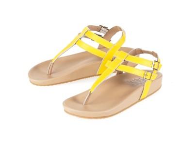 รูปด้านหน้า รองเท้าแตะเพื่อสุขภาพผู้หญิง Klas & Sylph แบบหูคีบ รุ่น Tamara สีเหลือง ลดอาการปวดรองช้ำ ปวดส้นเท้า