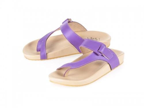 รูปด้านหน้า รองเท้าแตะเพื่อสุขภาพผู้หญิง Klas & Sylph แบบหูคีบ รุ่น Tracy สีม่วง ลดอาการปวดรองช้ำ ปวดส้นเท้า