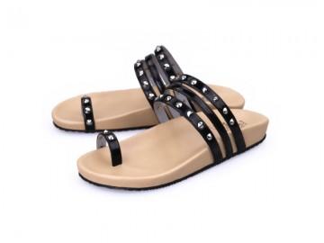 รูปด้านหน้า รองเท้าแตะเพื่อสุขภาพผู้หญิง Klas & Sylph กันน้ำ รุ่น Sasha สีดำ ลดอาการปวดรองช้ำ ปวดส้นเท้า
