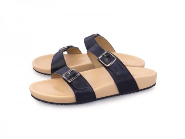 รูปด้านหน้า รองเท้าแตะเพื่อสุขภาพผู้หญิง Klas & Sylph แบบสวม รุ่น Alison สีดำ ลดอาการปวดรองช้ำ ปวดส้นเท้า