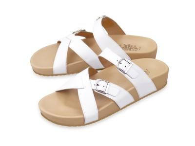 รูปด้านหน้า รองเท้าแตะเพื่อสุขภาพผู้หญิง Klas & Sylph แบบสวม รุ่น Avery สีขาว ลดอาการปวดรองช้ำ ปวดส้นเท้า