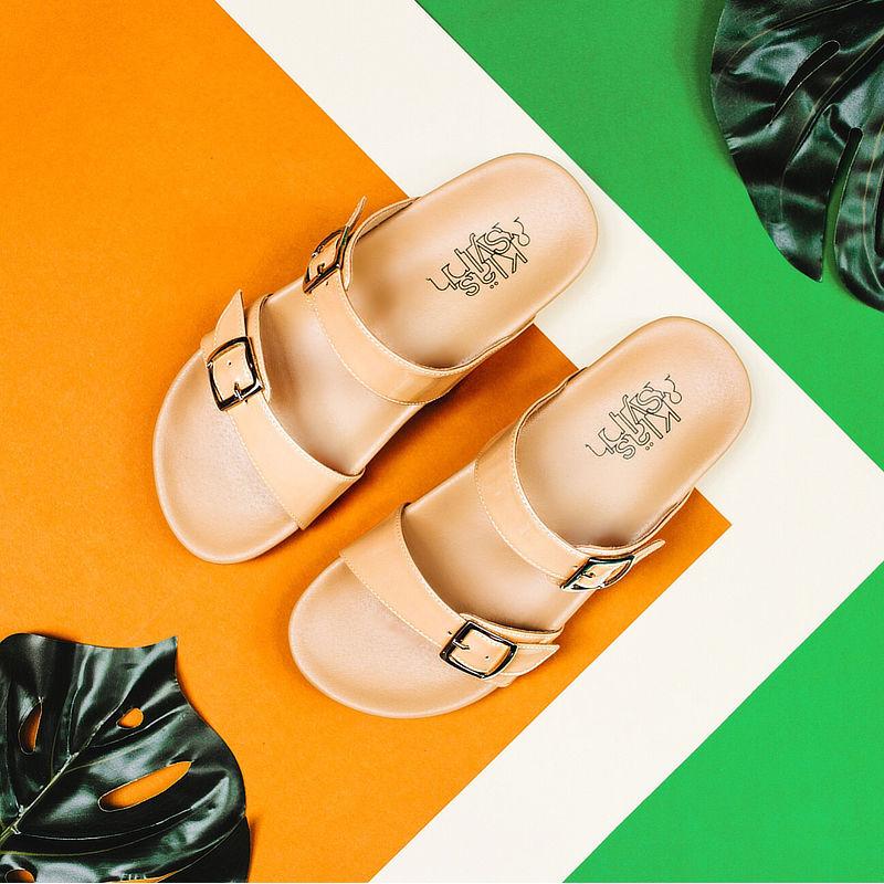 รองเท้าแตะเพื่อสุขภาพกันน้ำ Klas & Sylph รุ่น Alison สีเบจ