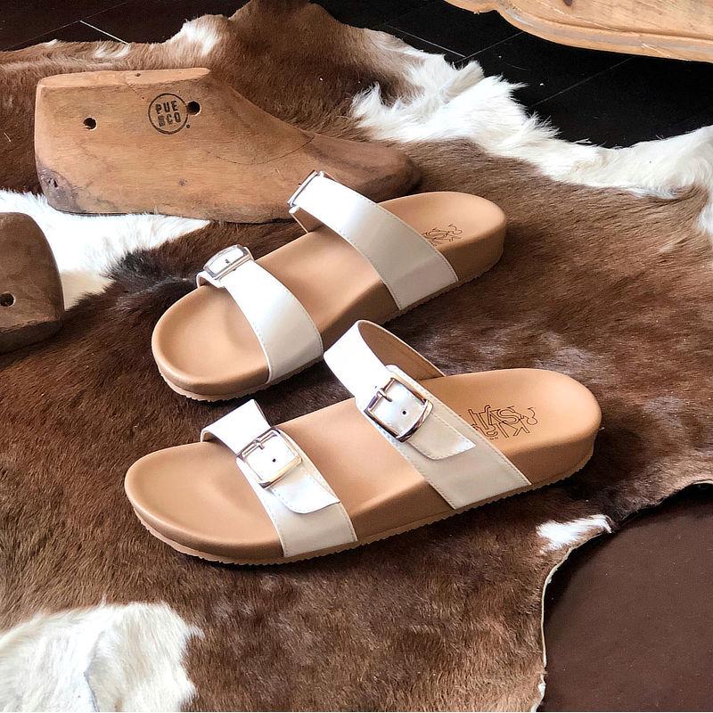 รองเท้าแตะเพื่อสุขภาพกันน้ำ Klas & Sylph รุ่น Alison สีขาว