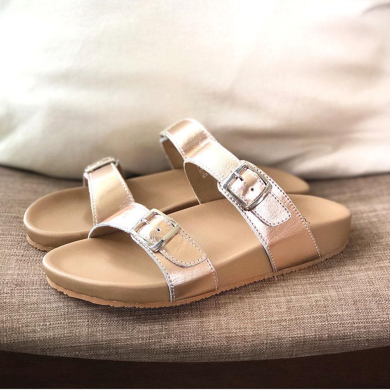 รองเท้าแตะเพื่อสุขภาพ Klas & Sylph รุ่น Alison สีโรสโกลด์