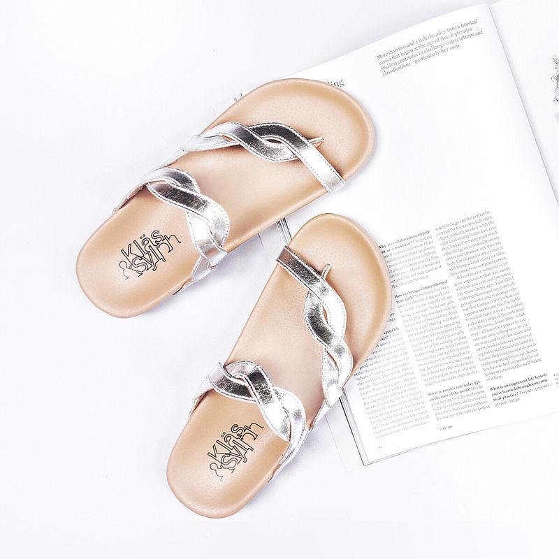 รองเท้าแตะเพื่อสุขภาพ Klas & Sylph รุ่น Elena สีเงิน (2)