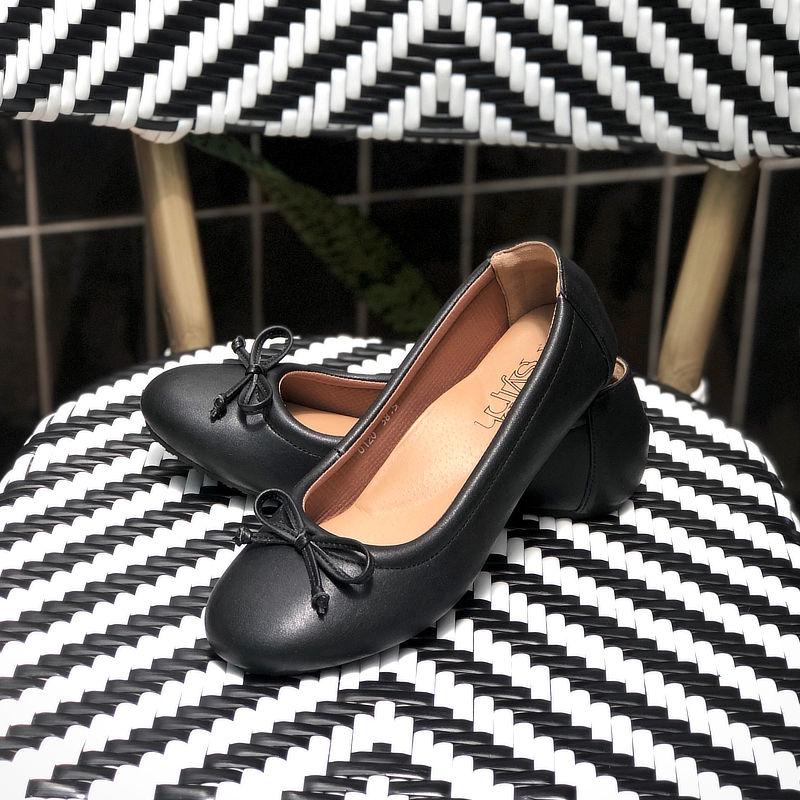 รองเท้าส้นเตี้ยเพื่อสุขภาพ Klas & Sylph รุ่น Paris สีดำ