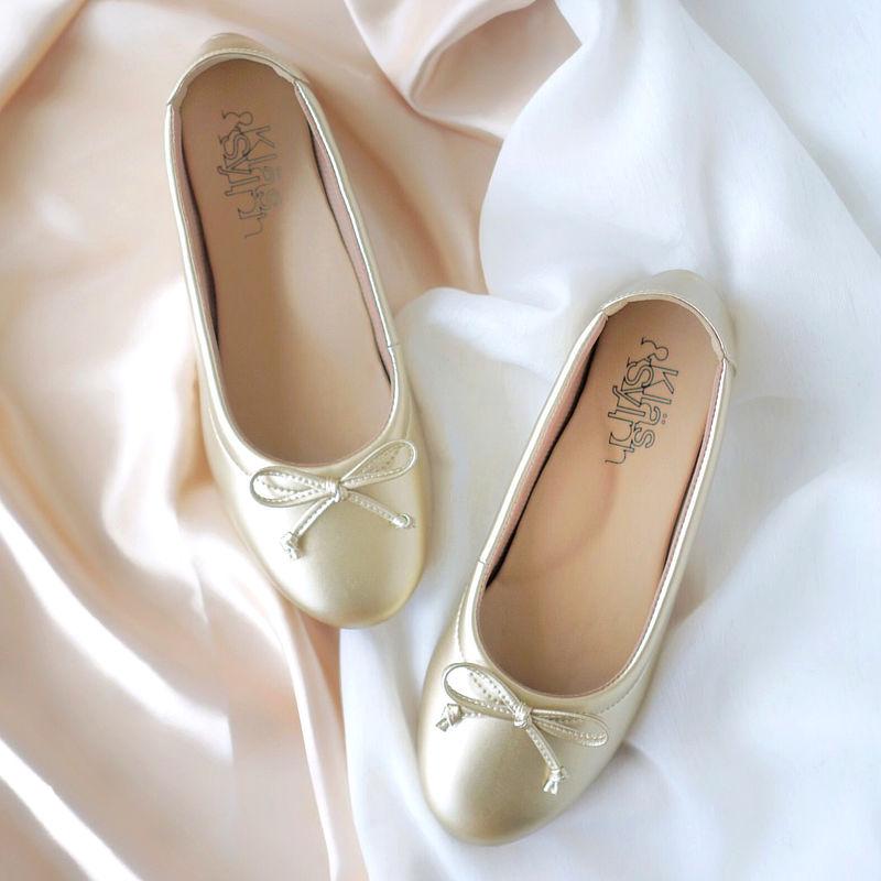 รองเท้าส้นเตี้ยเพื่อสุขภาพ Klas & Sylph รุ่น Paris สีบรองซ์