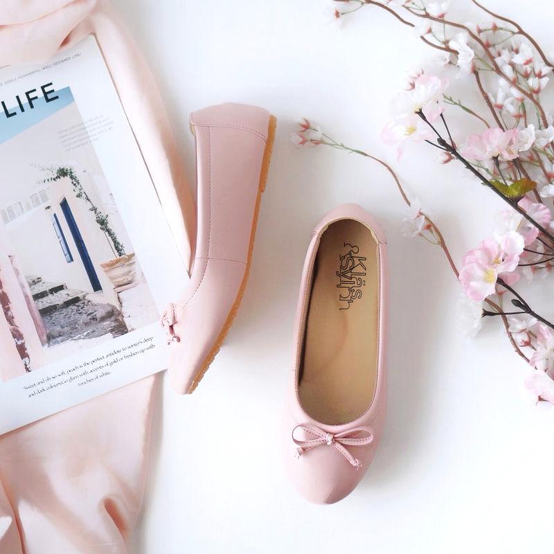 รองเท้าส้นเตี้ยเพื่อสุขภาพ Klas & Sylph รุ่น Paris สี Rose Pink