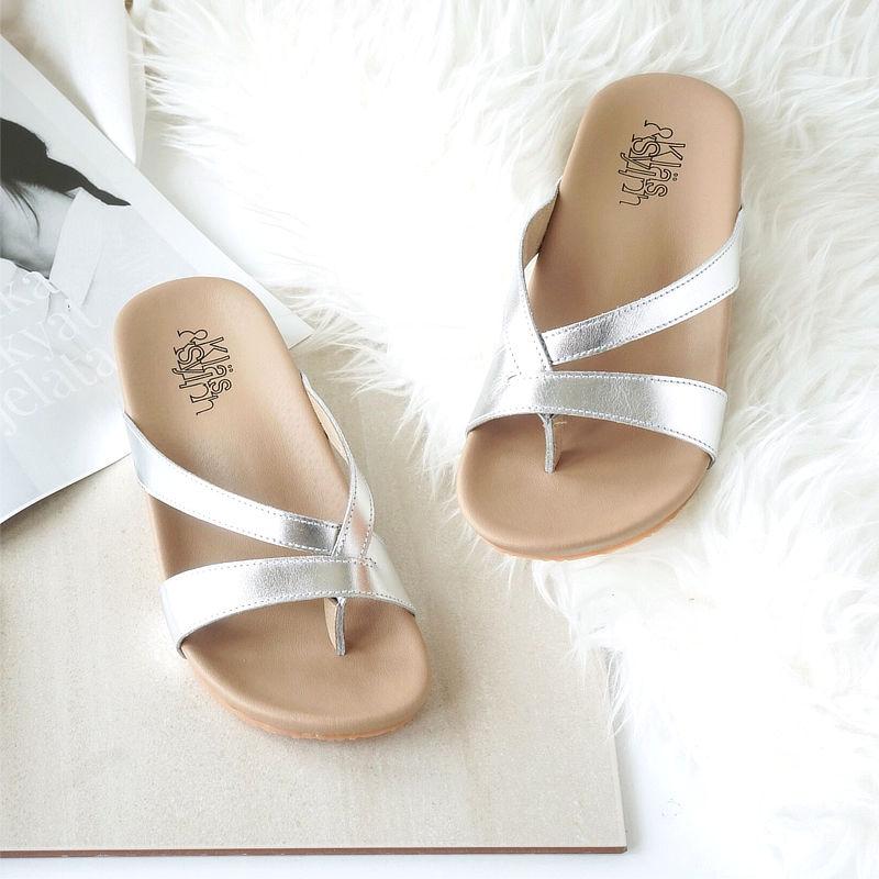 รองเท้าแตะเพื่อสุขภาพ Klas & Sylph รุ่น Rhea สีเงิน