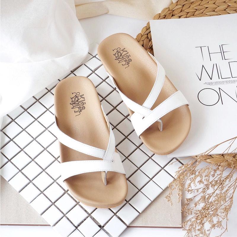 รองเท้าแตะเพื่อสุขภาพ Klas & Sylph รุ่น Rhea สีขาว