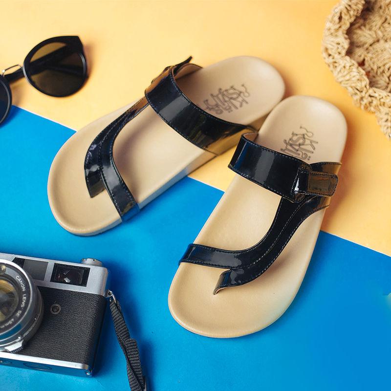 รองเท้าแตะเพื่อสุขภาพกันน้ำ Klas & Sylph รุ่น Tracy สีดำ